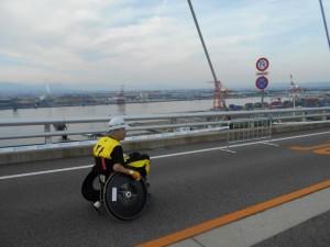 新湊大橋で幾多の方向②